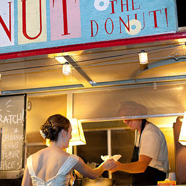 Yes you can serve donuts at your wedding